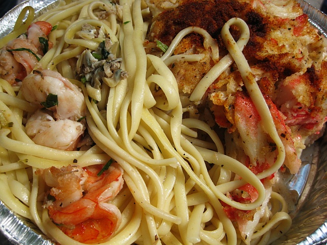 01-maffei-linguini-clam-sauce-and-stuffed-salmon