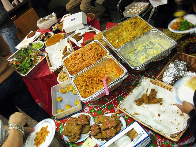 01-trays-of-food