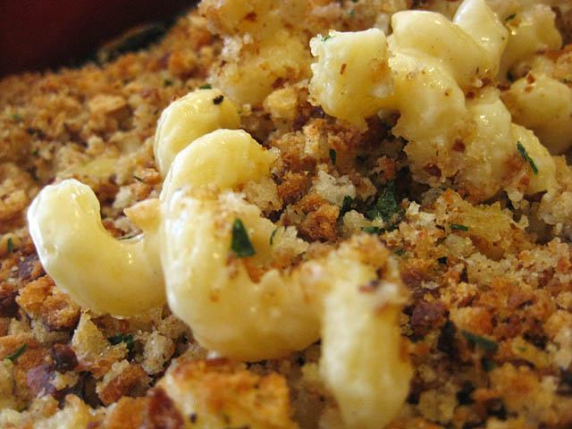07-mac-n-cheese-closeup