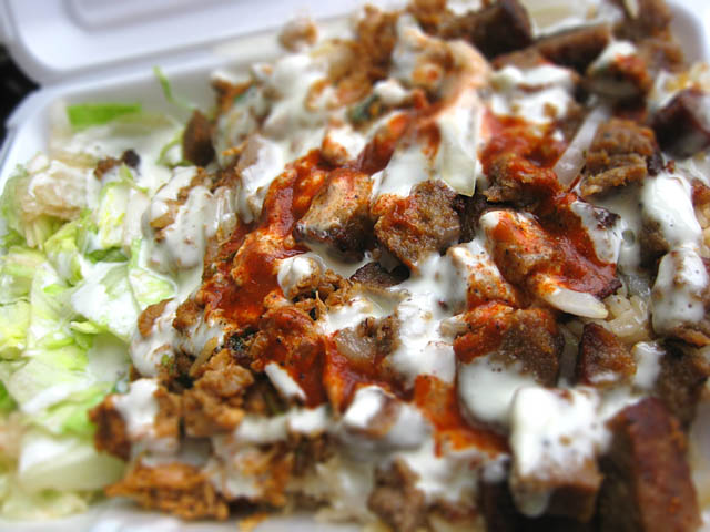 02-sammys-combo-chicken-and-gyro-platter
