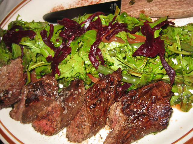 04-angus-hanger-steak-salad | ME SO HUNGRY
