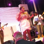 08-estelle-and-band