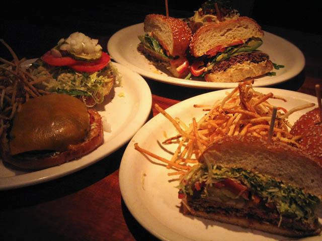 01 Houston's Burgers