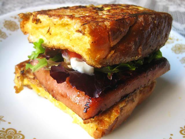 01 Monte Cristo Spamwich