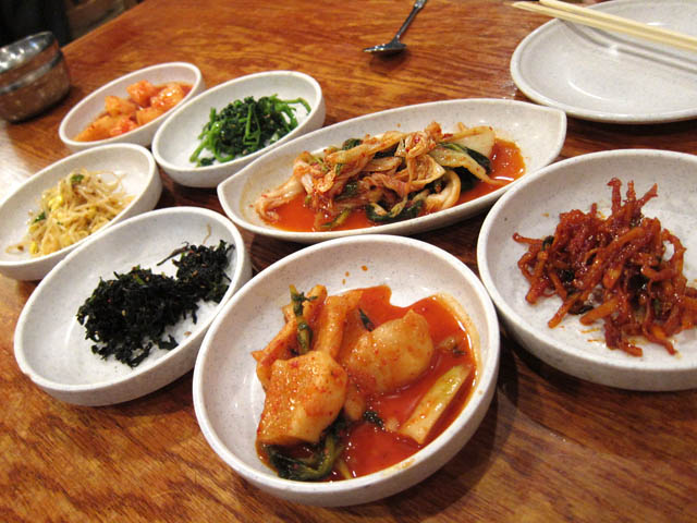 01 Banchan side dishes - Kunjip