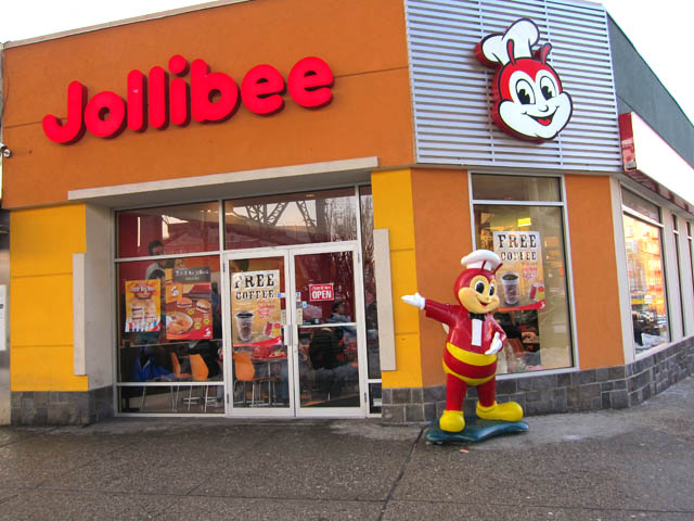 01 Jollibee Filipino fast food in Woodside Queens NY