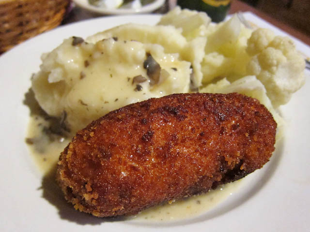 06 Chicken Kiev with Mashed Potatoes and Cauliflower – Ukrainian ...