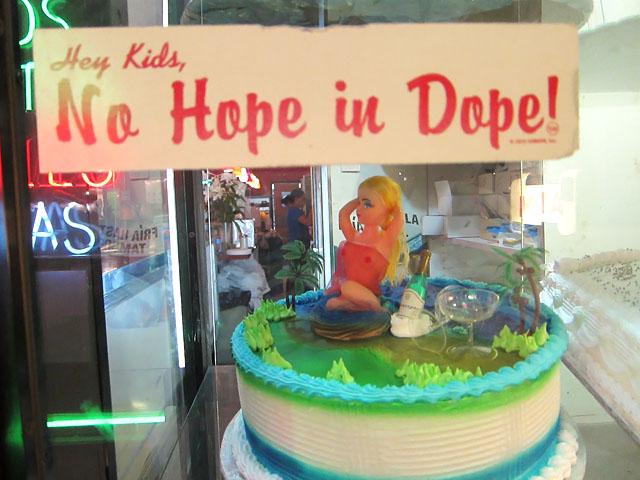 Boobie Cake - Grand Morelos