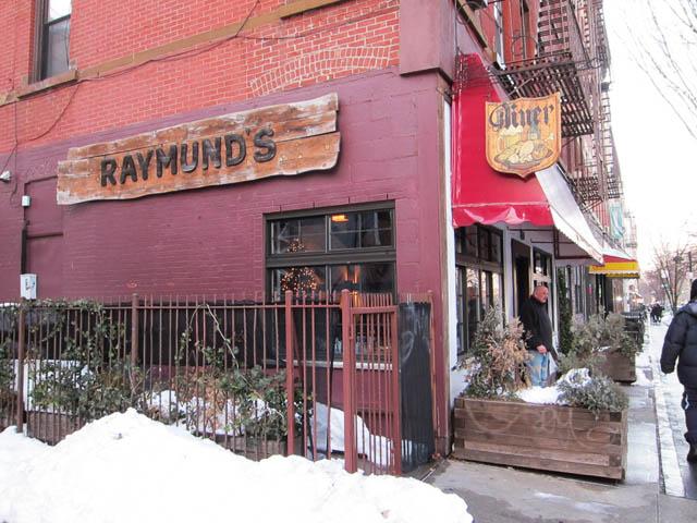 01 Raymund's Place - Polish Diner