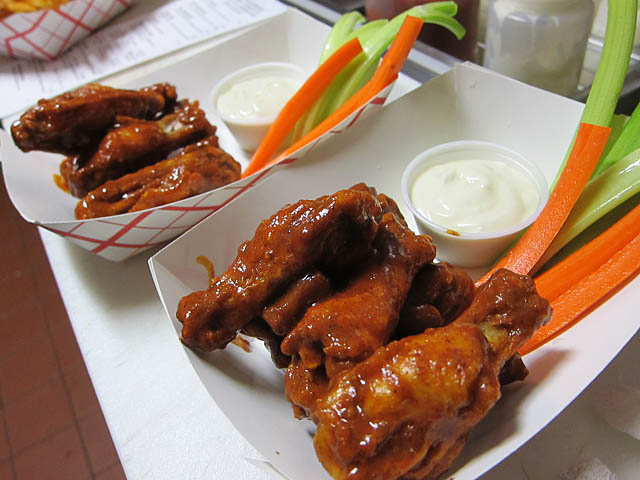 03 Buffalo Wings – The Rock Shop Brooklyn | ME SO HUNGRY