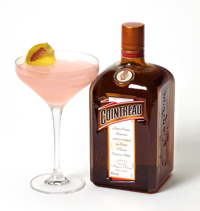 Tassimo brewbot popup store cointreau cinco de mayo for Cointreau mixed drinks