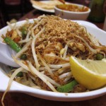 05 Pad Thai - Overseas Taste Restaurant