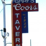 03 coors sign 150x150 Tio Wally Eats America: Gray's Coors Tavern