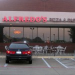 02 alfredos building 150x150 Tio Wally Eats America: Alfredos Pizza & Pasta