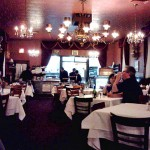 04 Dining room - Bamonte's Restaurant
