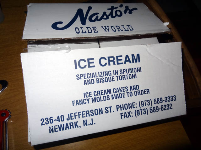 01 Nasto's Olde World Ice Cream Cake