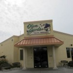 02 Olive Garden building 150x150 Tio Wally Eats America: Olive Gardens Dinner Today & Dinner Tomorrow