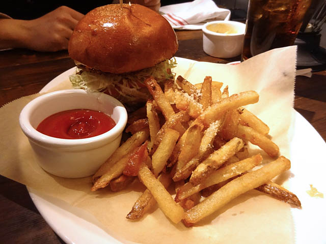 Guy S American Kitchen And Bar Isn T That Bad Me So Hungry