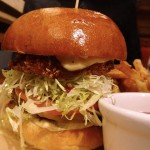 09 Guys Big Bite Burger Rojo Ring Guys American Kitchen and Bar 150x150 Guys American Kitchen and Bar isnt That bad