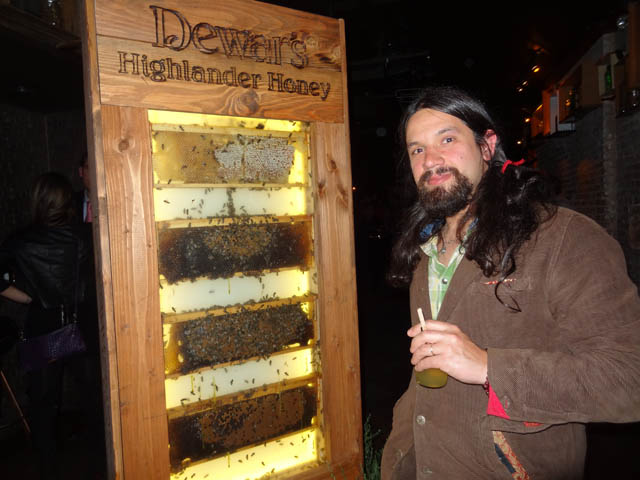 12 Dewar's Highlander Honey