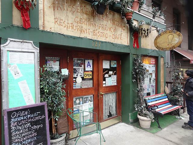 01 Chez Le Chef restaurant