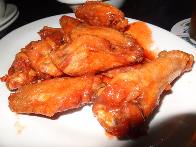 05 Twenty Cent Wings - Croxley's Abbey
