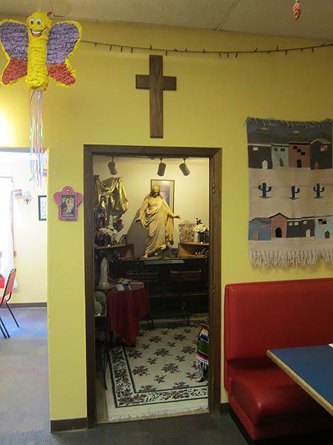 05 Torres_chapel outside