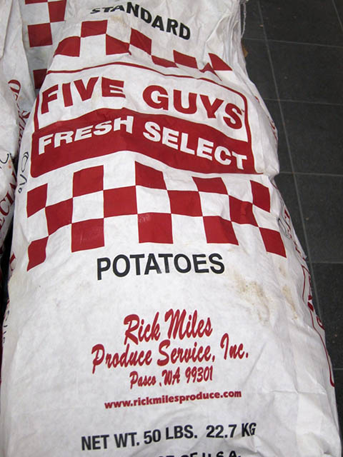 08 Five Guys_potaoo sack