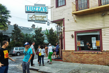 01 Liuzza's By the Track - New Orleans