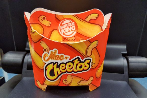 01 Burger King Mac n Cheetos